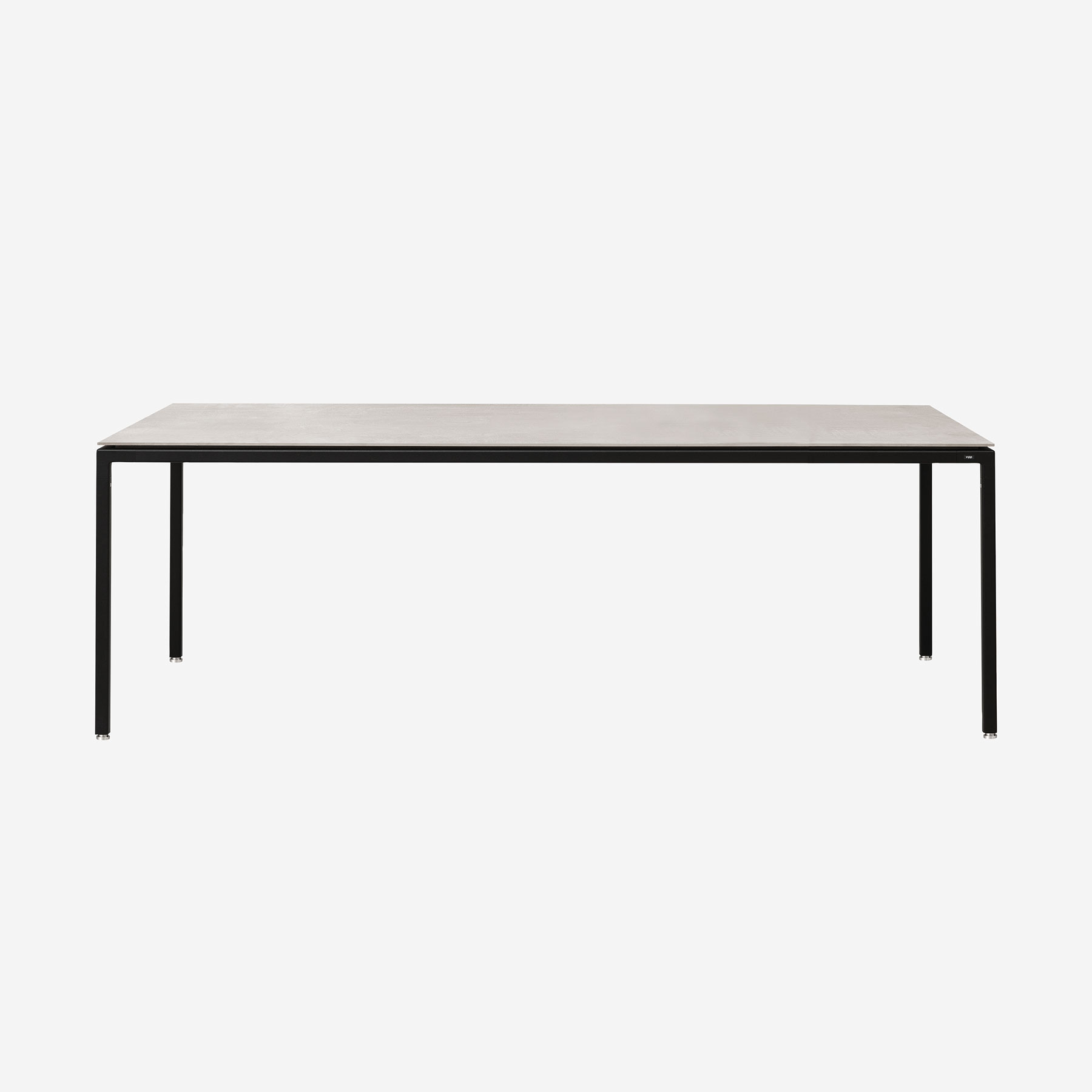 Superieur Table, Medium | Vipp.com